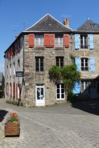 , St Suzanne trip, a beautiful village on a hill