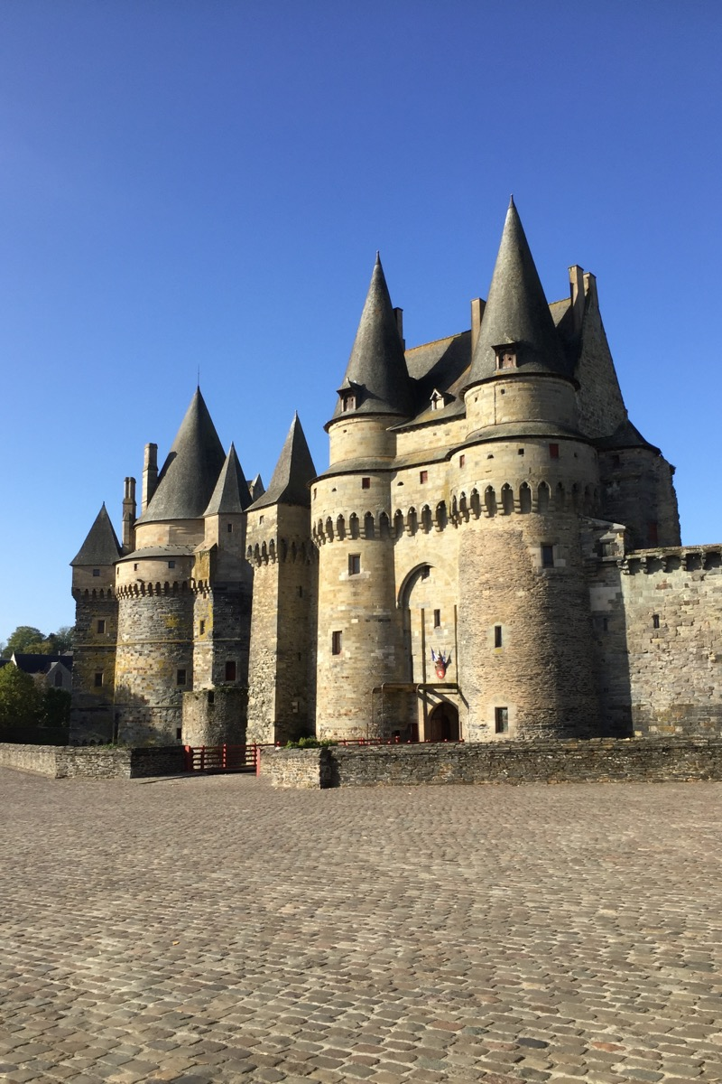 , A day out to Vitré in Brittany